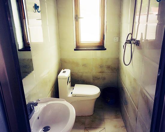 四人间独立卫浴