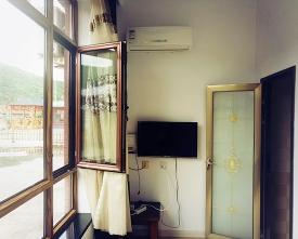 三人间空调电视