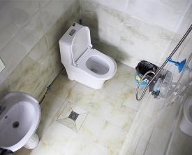三人间独立卫浴